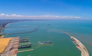 海南计划开通境外航线14条以上,文临高速等项目开工