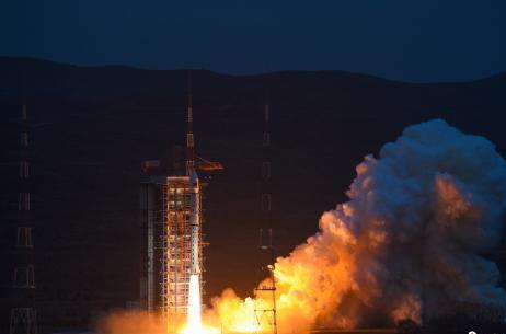 """从1到100 三代""""上海造""""长征火箭助推中国航天梦"""